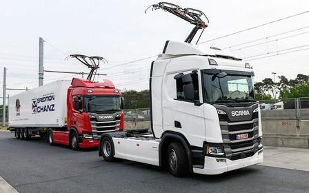На рогах. Німці побудували дорогу для електро вантажівок