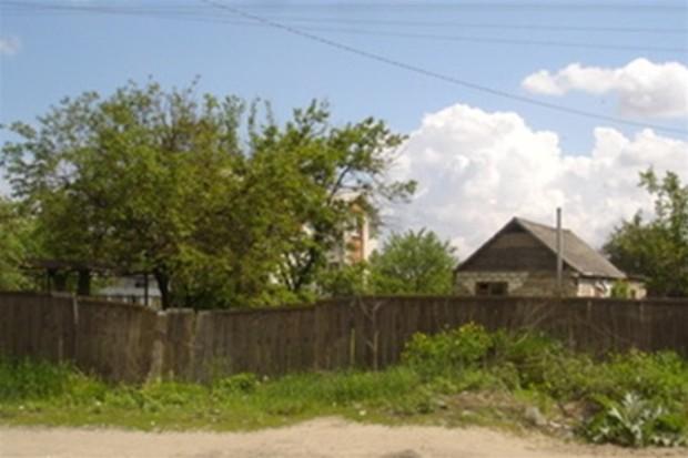 На Русановских садах начнут сносить дома