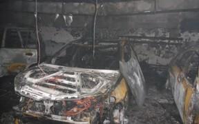 На столичной парковке сгорело шесть автомобилей