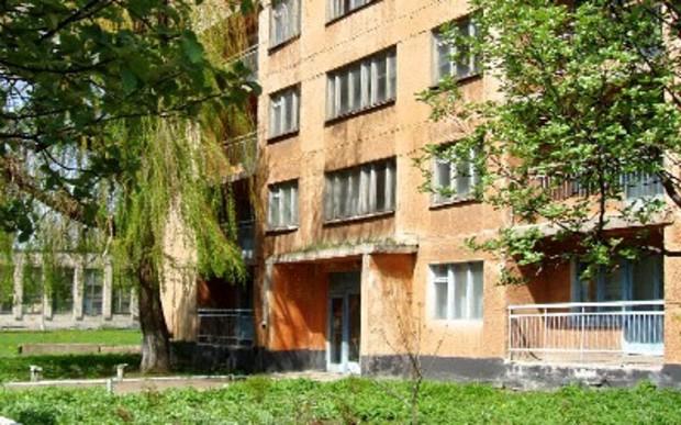 Нардепы предлагают продлить крайний срок приватизации общежитий на 3 года