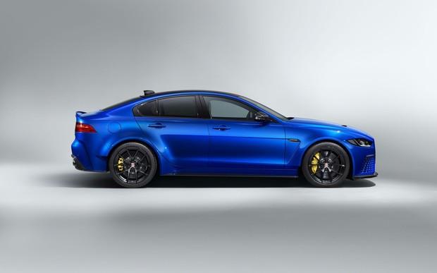 Нова модифікація Touring для найшвидшого у світі серійного седана Jaguar XE SV Project 8