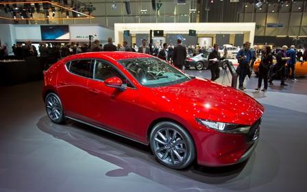 Нова Mazda3 вже в Україні. Скільки просять в гривнях?