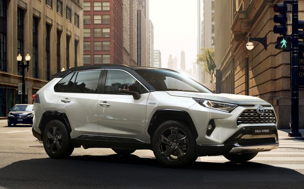 Новий Toyota RAV4 відкрито прийом попередніх замовлень