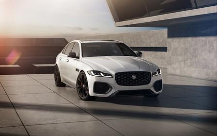 Нові Jaguar XE і XF привезли до України «на максималках»