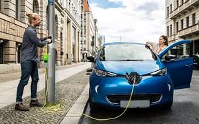 Новые правила: «электрозаправки» на каждом паркинге