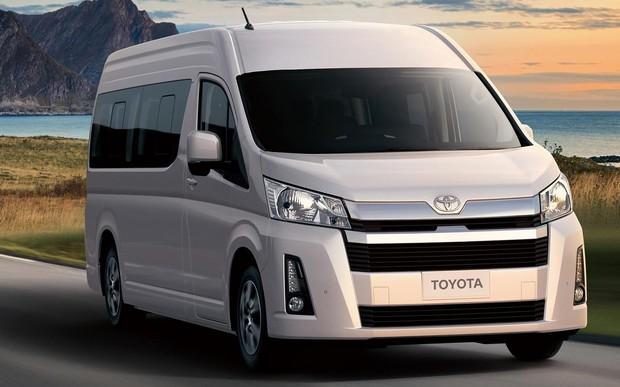 Новый «бус» Toyota Hiace представили официально