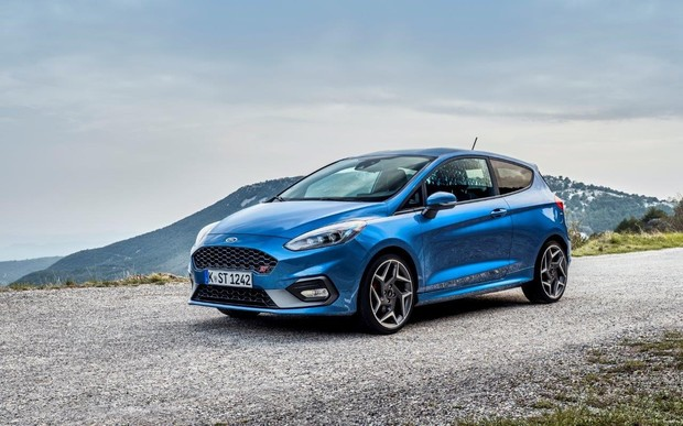 Новый Ford Fiesta ST: 200 сил и 6 литров на «сотню»