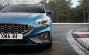 Новый Ford Focus ST: 280 л.с. и 7-ступенчатый «автомат». ВИДЕО