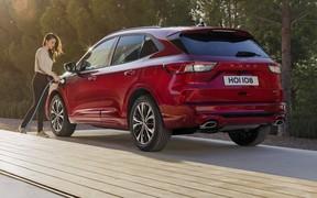 Новый Ford Kuga: платформа «Фокуса» и три гибридных установки