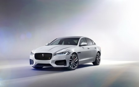 Новый Jaguar XF дебютировал!