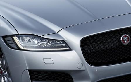 Новый Jaguar XF появится в продаже до конца года