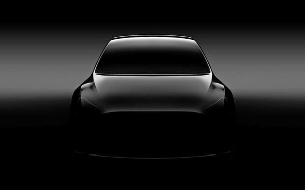 Новый кроссовер Tesla представят 14 марта