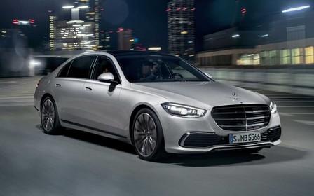 Новый Mercedes-Benz S-класса - от 6,9 литра на сотню и автономная парковка
