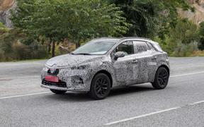 Новый Renault Captur проходит испытания перед премьерой