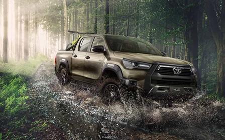 Новый Toyota Hilux в Украине — через три недели! А почем?