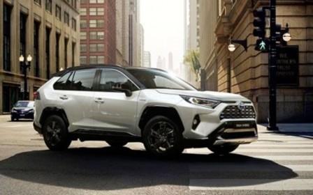 Новый Toyota RAV4. Открыт прием предварительных заказов.