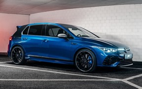 Новый VW Golf R получил 387 л.с. от ABT Sportsline