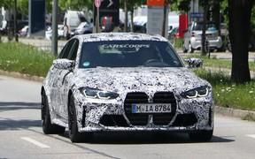 Ноздря в ноздрю. Новое поколение BMW M3 заметили на дорогах