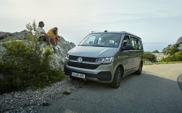 Обновленный кемпер Volkswagen California получил новую мини-кухню