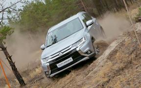 Обновленный кроссовер Mitsubishi Outlander уже в Украине