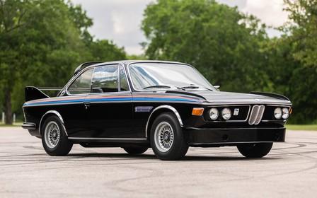 Один на мільйон! Унікальний «бетмобіль» BMW CSL продають з пробігом 94 тис. км