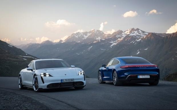 Офіційно представлений Porsche Taycan EV 93,4 кВт·год