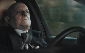 """Ой, напугал: Volvo """"хеллоуинит"""" покупателей новой рекламой"""