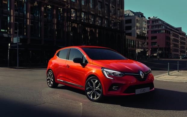 Он точно новый? Renault Clio пятого поколения дебютировал в Сети
