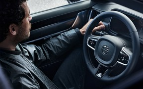 Оновлення технологій безпеки для автомобілів Volvo 2016-2018 модельних років