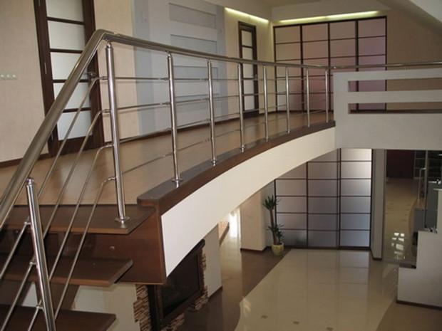 Отныне хозяева частных домов могут перестраивать их только с помощью профессиональных строителей
