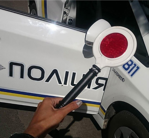 Патрульная полиция: Вместо жезла – «леденец»