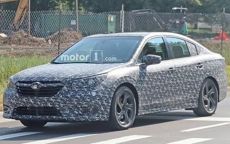 Первые фото: Subaru Legacy меняет поколение