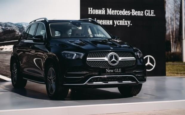 Первые клиентские автомобили нового GLE будут доставлены в мае.