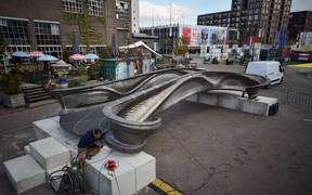 Первый мост по технологии 3D-печати построили в Нидерландах