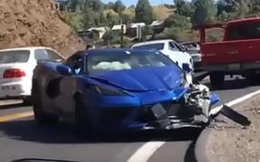 Первый пошел! Chevrolet Corvette нового поколения попал в аварию. ВИДЕО