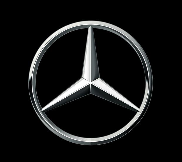 Пионервожатые: краткая история Daimler-Benz