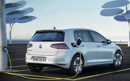 Планы Volkswagen по выпуску электрокаров под угрозой. В чем дело?