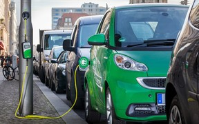 Плюс 20 электромобилей в день - Министерство инфраструктуры подсчитало динамику учета