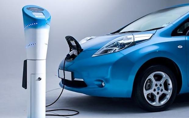 Плюс или минус? Сколько электромобилей ввезено в феврале?