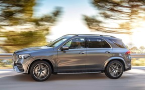По-семейному. Mercedes-AMG GLE 53 4Matic+ сохранил семиместную версию