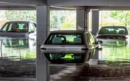 По всей Польше прокатилась буря. Что следует учесть украинским автомобилистам