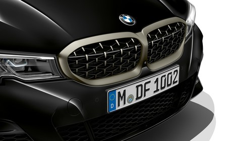 Почти М3. Самый мощный седан BMW 3 серии рассекречен