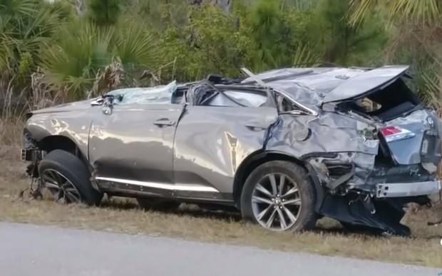 Пока родители на работе. Подростки устроили зрелищную аварию на Lexus RX. ВИДЕО