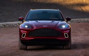 Покупайте подарочки! Первые фото Aston Martin DBX