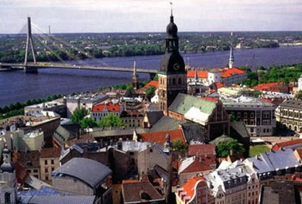 Покупателям недвижимости в Латвии будут давать вид на жительство