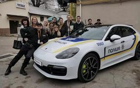 Porsche Panamera у художньому фільмі «НереальнийКОПець»
