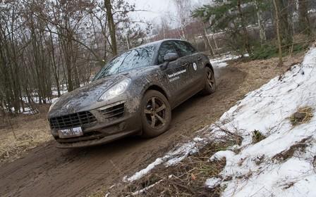 «Порше Центр Київ Аеропорт» влаштували позашляхові тест-драйви на моделях Porsche !