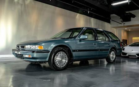 Прекрасно сохранившийся Honda Accord 1991 года всплыл на eBay