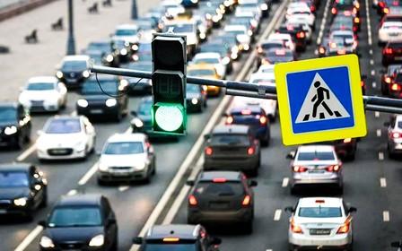 Пробки спадут? Кабмин планирует возобновить работу общественного транспорта