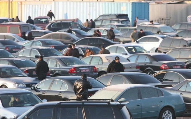 Продажи б/у авто выросли в 3,5 раза. Что пригоняли в Украину в 2019 году?